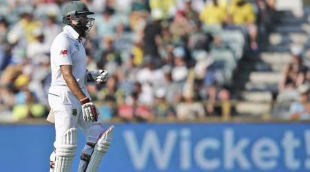 Hashim Amla becomes fourth South African player to score 8000 Testruns