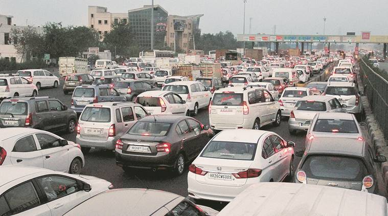 rs 500, rs 1000, rs 500 ban, rs 1000 ban, highway toll, toll free highway, nitin gadkari, transport highway minister, toll collection, Pune-Mumbai Expressway, Mumbai-Bangalore Highway and Pune-Nashik Highway, maharashtra highways, indian express news, india news, latest news