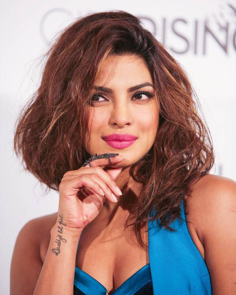 hot-pictures-priyanka-chopra