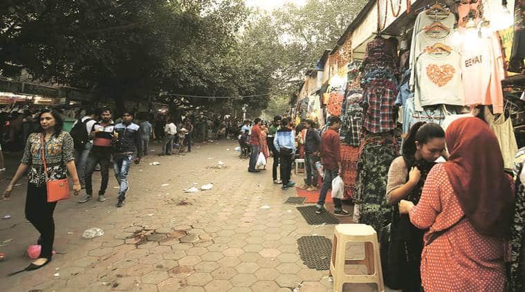 window shopping, delhi window shopping, delhi street shopping, demonetisation, delhi shopping, mumbai shopping, mumbai window shopping, mumbai street shopping, cheap shopping, sarojini, janpatha, khau gali, indian express talk, fashion