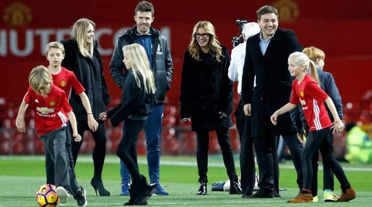 Julia Roberts, Manchester United, Man Utd, Man U, Manchester United vs West Ham, Julia Roberts Man Utd, Julia Roberts Old Trafford, football news, sports news