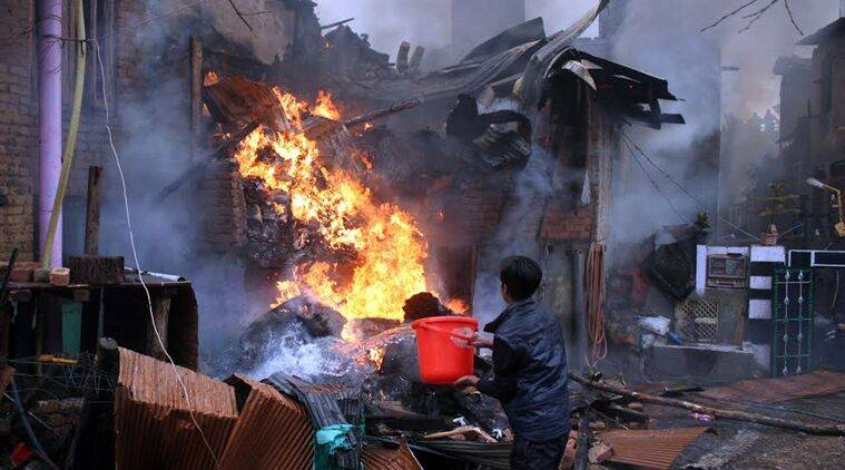 fire, srinagar, srinagar fire, fire, jammu fire, kashmir fire, J&K fire, Buchwara Dalgate, Buchwara Dalgate fire, SrinagarBuchwara Dalgate, india news