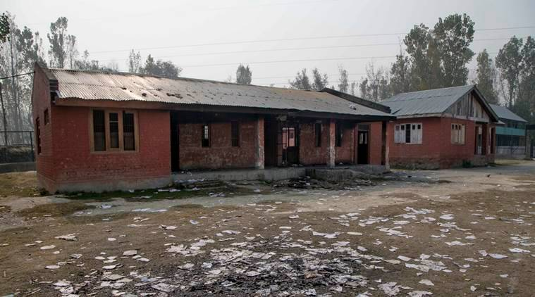 kashmir, kashmir schools fire, j&k school fire, j&k schools, jammu and kashmir schools, j&k schools burnt, bandipore school burnt, amnesty on j&k school burning, indian express news
