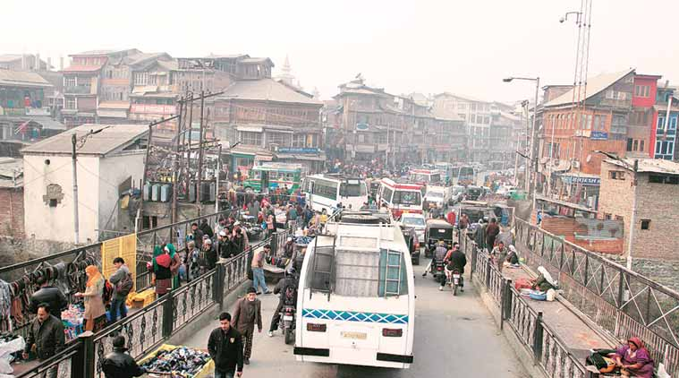Kashmir, Kashmir unrest, Kashmir valley, unrest in valley, Kashmir agitation, Kashmiri separatists, Kashmir business, Kashmir market, India news, kashmir shutdown, Indian Express