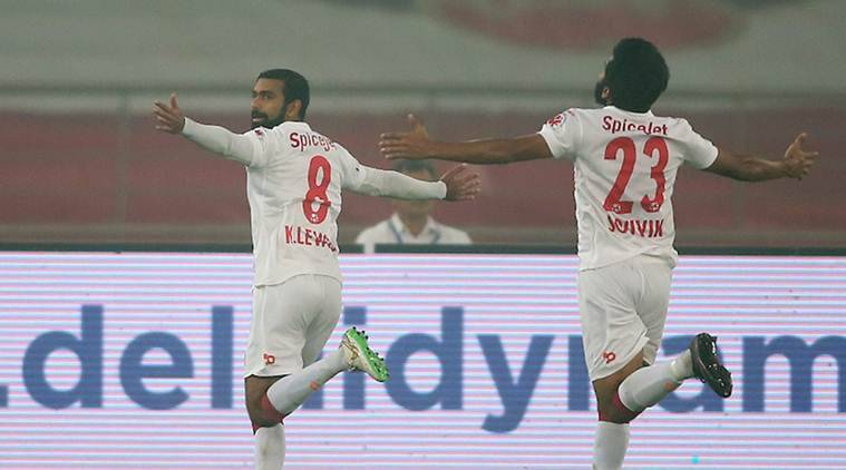 isl, indian super league, isl score, indian super league score, isl 2016, delhi dynamos vs kerala blasters, delhi dynamos vs kerala blasters score, delhi vs kerala results, isl results, isl delhi vs kerala, isl table, isl standings, football news, sports news