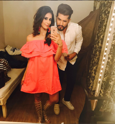 Kishwer Merchant Bachelorette Party, sukish wediing, suyyash rai kishwer merchant, Kishwer Merchant Bachelorette cake