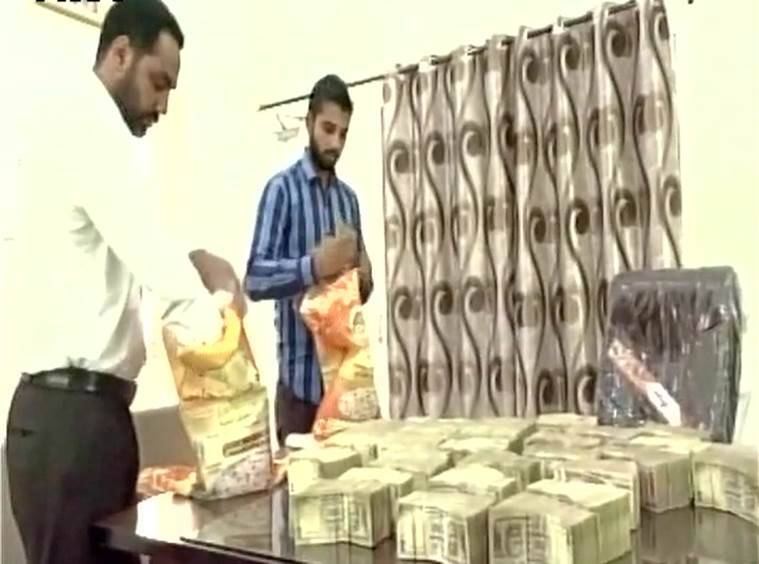 demonetisation, Punjab, 1 crore held, demonetised notes, 500 rupee notes, punjab police, note demonetisation, black money, anti-corruption, black money held, india news, indian express