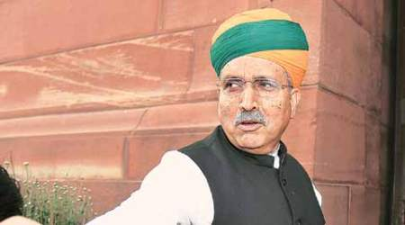 Depositing old Rs 500 & Rs 1,000 notes: No plans for extending Dec 30 cut-off, says Meghwal