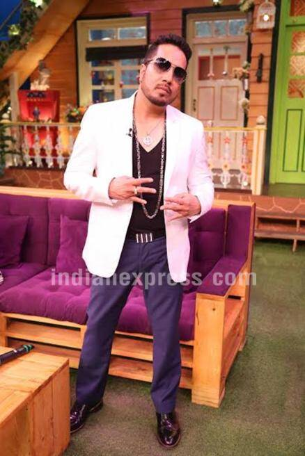 Brothers Daler Mehndi, Mika Singh turns Kapil Sharma's show into concert