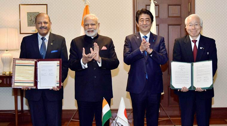 Kobe: Prime Minister Narendra Modi with his Japanese counterpart Shinzo Abe at the signing of MoUs between government of Gujarat and prefecture of Hyogo in Kobe on Saturday. PTI Photo/PIB(PTI11_12_2016_000053B)