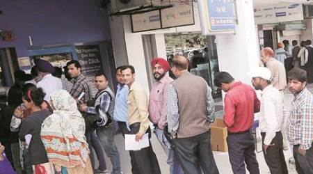 Chandigarh: 2 days after pay day, cash crunch persists at city banks,ATMs
