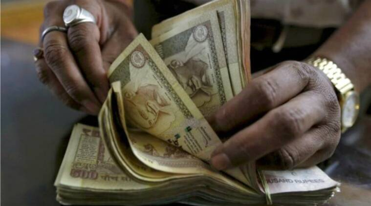 Rs 500, Rs 1000 notes scrapped, bollywood reaction modi black money, modi scraps 500 1000, modi demolishes 500 1000, bollywood happy modi decision, bollywood effect, bollywood money, bollywood producers suffer, bollywood business, black money bollywood, bollywood black money, bollywood news, indian express, indian express news