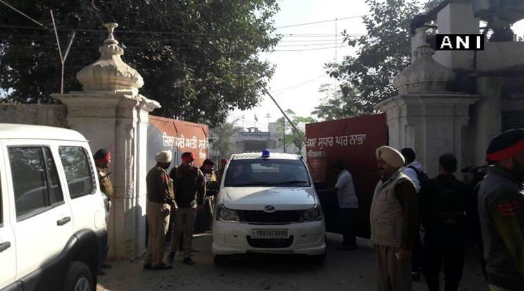 nabha jailbreak, punjab jailbreak, klf jailbreak, police firing, woman killed in police firing, check post police firing, india news, latest news, indian express