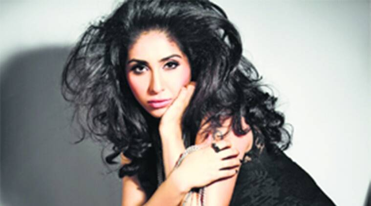 Neha Bhasin marriage, singer Neha Bhasin, Singer of Jag Ghoomeya, Neha Bhasin wedding, Neha Bhasin husband, Sameer Uddin, music composer Sameer Uddin, bollywood news, bollywood updates, entertainment news, indian express news, indian express