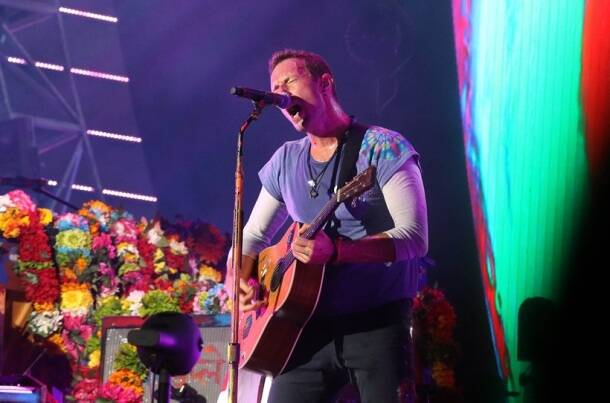 coldplay, coldplay mumbai, chris martin, coldplay concert, global citizen, mumbai concert, chris martin pictures, indian express, coldplay concert pictures