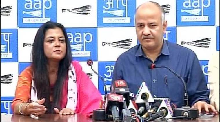 Kirti Azad, Poonam Azad, AAP, Kirti Azad wife joins AAP, Aam Aadmi Party, BJP, AAP, Arvind Kejriwal, Indian Express, India news