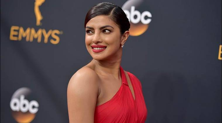 Priyanka Chopra, priyanka chopra HQ images, priyanka chopra hd images, priyanka chopra hot images, priyanka chopra beautiful pics