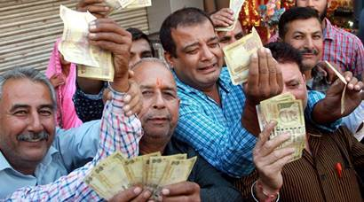 Demonetisation: Crowds queue up at banks, petrol pumps to exchange money