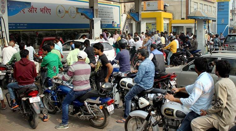 ahmedabad petrol pump, cash withdrawal, petrol atm, demonetisation, no cash, no money, no pos machine, no pos cash, ahmedabad news, india news