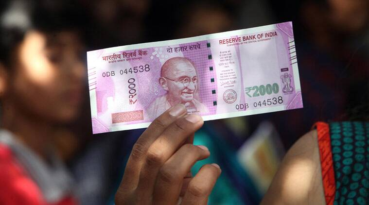 A brand new Rs 2000 currency note. (Express Photo by Arul Horizon)
