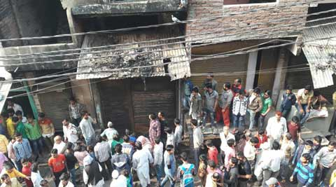 At least 13 killed in fire at Sahibabad garment factory