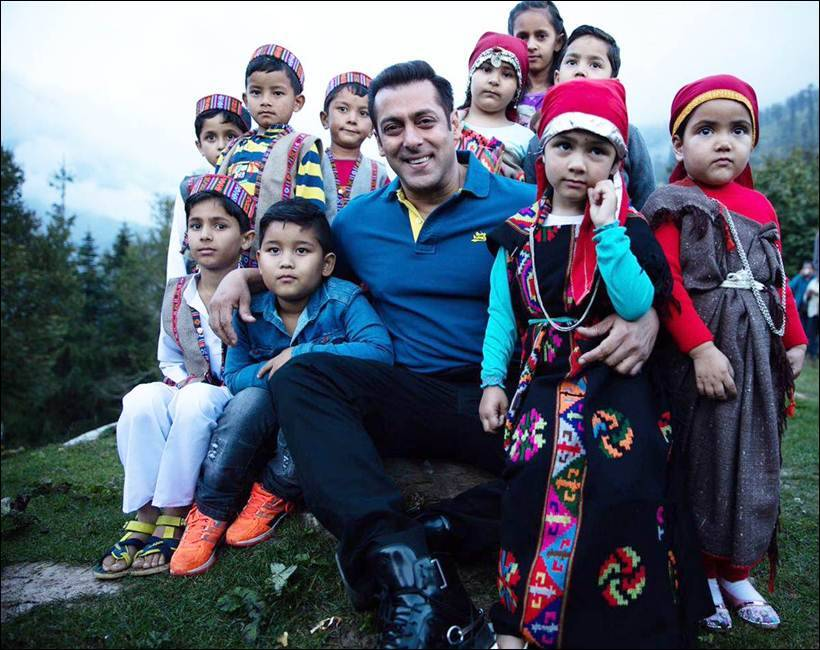 Salman Khan S Pics With Nephews Prove He Ll Make For A Great Dad
