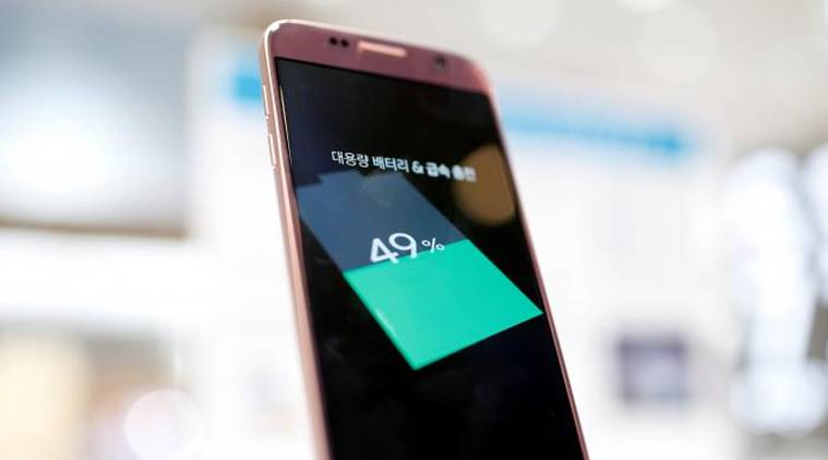 Samsung, Samsung Galaxy S8, Samsung Galaxy S8 leaks, Samsung Galaxy S8 processor, Snapdragon 835, first phone with snapdragon 835, Samsung Galaxy S8 RAM, Samsung Galaxy S8 storage, Samsung Galaxy S8 bezel less design, Galaxy S8 rumours, technology, technology news