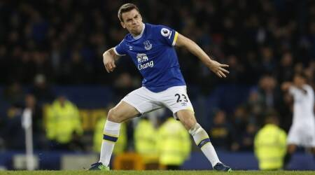 Seamus Coleman hopes home comforts can lift Everton past Manchester United