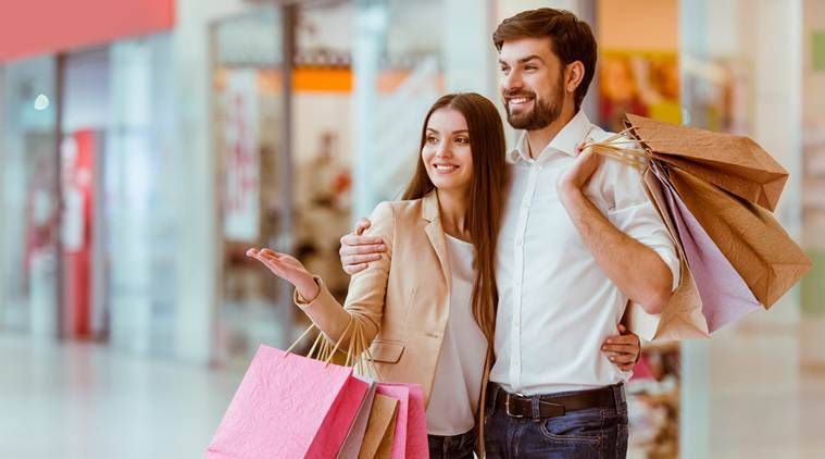 shopping tips, shopping, multi- tasking during shopping, multi tasking shopping disadvantages, multi tasking shopping disadvantages reveals study, The Indian Express, Indian Express news