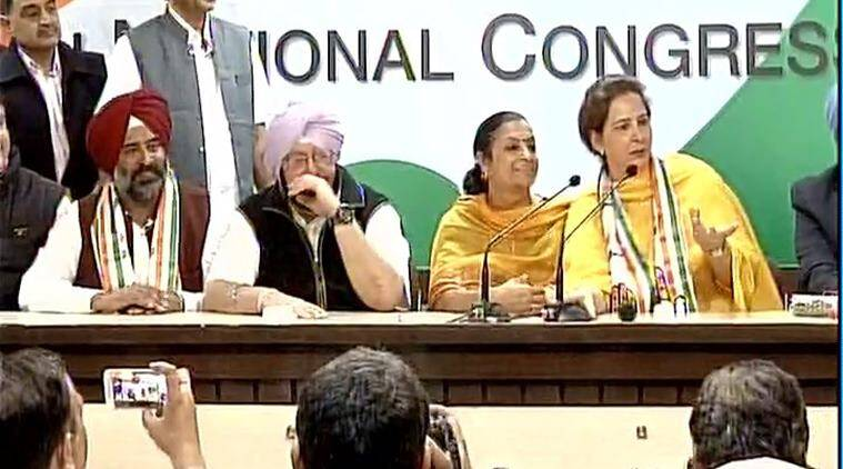 Both Navjot Kaur Sidhu & Pargat Singh join Congress