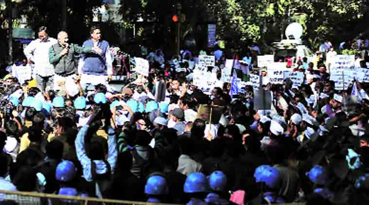 demonetisation, demonetisation effects, PM Modi, aap protest, manish sisodia, aap detained, corruption, black money demonetisation, demonetization india, demonetisation news, india news, demonetisation protests, protests demonetisation