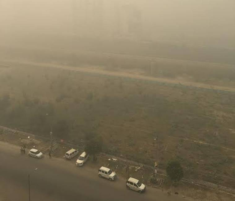 Smog leading to low visibility in Delhi-NCR. Express photo