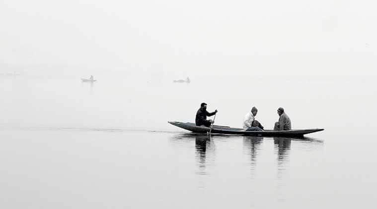 kashmir flights, poor visibility in srinagar, flight cancellations in srinagar, fog conditions at srinagar airport, srinagar airport, kashmir news, india news, latest news, indian express