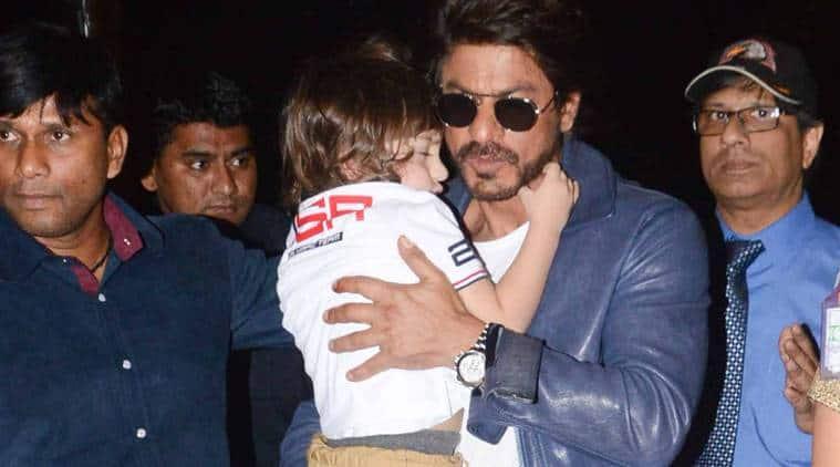 Shah Rukh Khan, Shah Rukh Khan son, abram, Shah Rukh Khan abram, abram Shah Rukh Khan, shahrukh abram, abram shahrukh, shah rukh abram, abram shah rukh, dear zindagi, Shah Rukh Khan dear zindagi, dear zindagi Shah Rukh Khan, entertainment news, indian express, indian express news