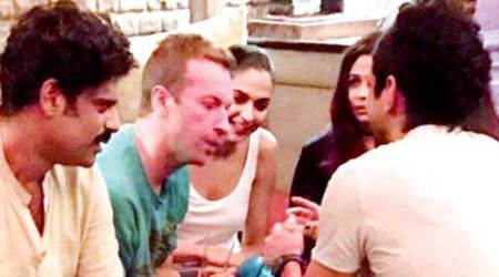 Shah Rukh Khan's party for Coldplay's Chris Martin ends Bollywood rivalries, see insidepics