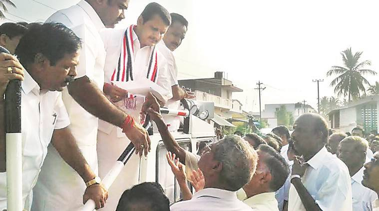Why Ex-aiadmk Minister Who Tonsured His Head And Carried Fire-pots For Jayalalithaa Joined Dmk?