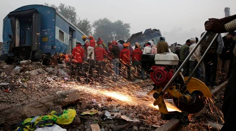 indore patna express, indore patna train, indore patna express derails, indore patna train crash, train accident, train accident news