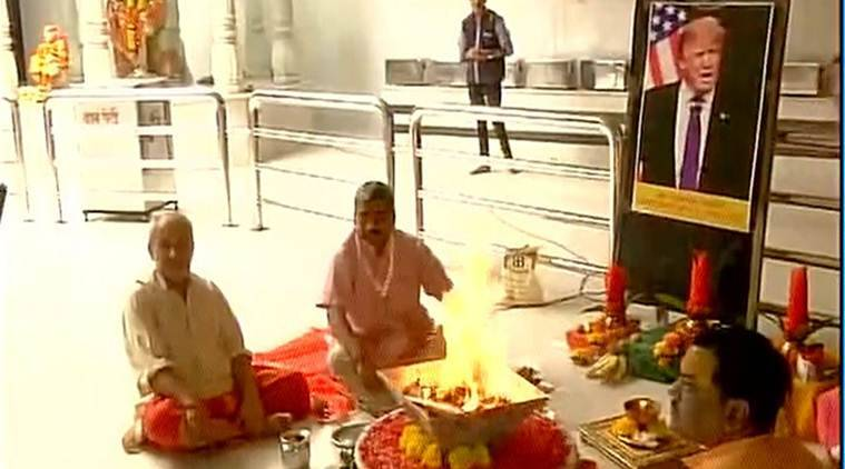 Mumbai: A special 'havan' organised in Saidham temple for Donald Trump's victory in the US Presidential elections. (ANI)