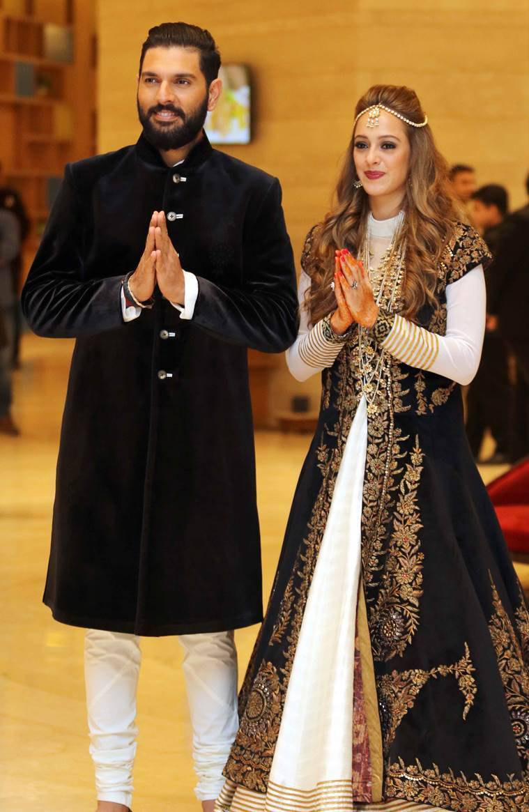 Yuvraj Singh and Hazel Keech at their ring ceremony. (Source: APH Images)