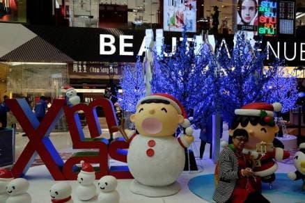 christmas 2016, christmas trees 2016, christmas lights 2016, christmas decorations 2016, christmas preparations, rockerfeller centre, hon kong, xmas, xmas celebrations, indian express, indian express news