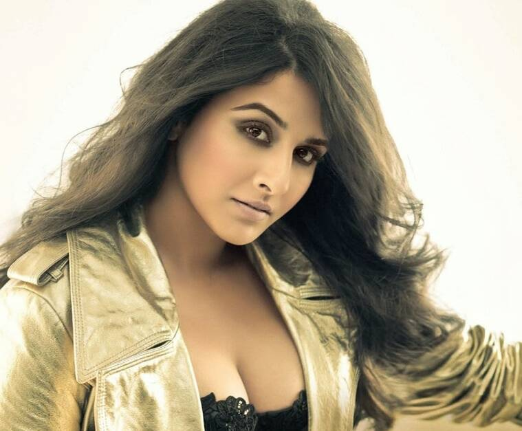 Vidya Balan Photos 50 Best Looking, Hot And Beautiful Hq -8083
