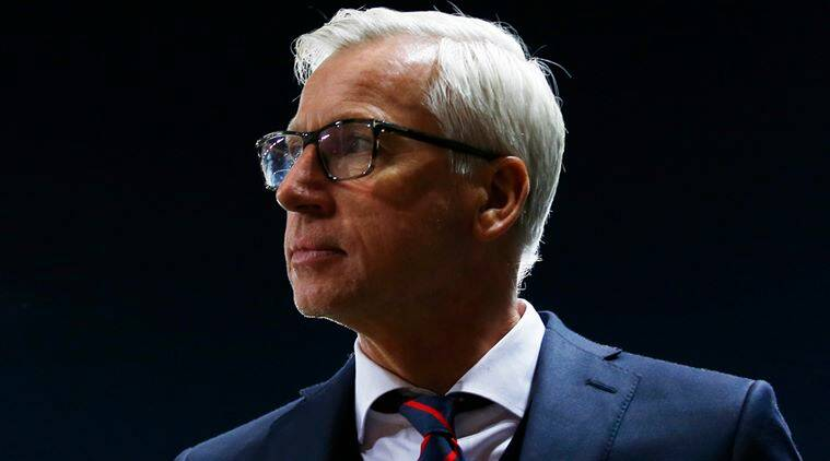 Crystal Palace manager Alan Pardew at the end of the match
