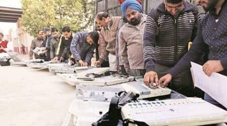 Around 51 per cent polling in Chandigarh Municipalpolls