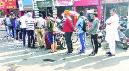 First day of month: Long queues at banks & ATMs, pensioners bear the brunt