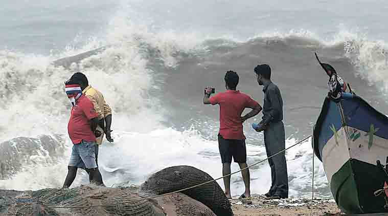 cyclone, cyclone vardah, chennai, chennai cyclone, andhra pradesh, chennai cyclone vardah, cyclone vardah chennai, chennai rains, chennai cyclone update, andhra pradesh cyclone, cyclone vardah updates, cyclone vardah picture, cyclone vardah videos, india news, indian express