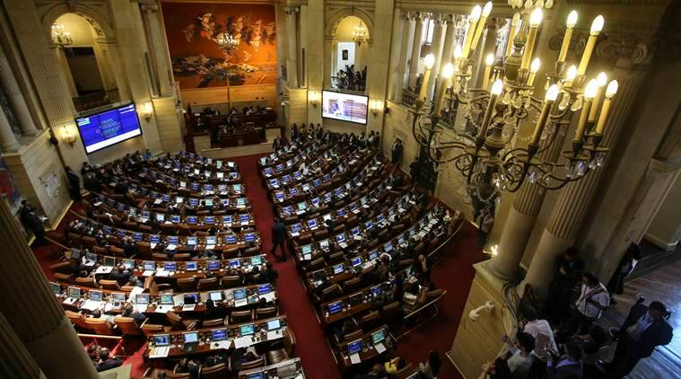Colombia Congress approves deal with FARC