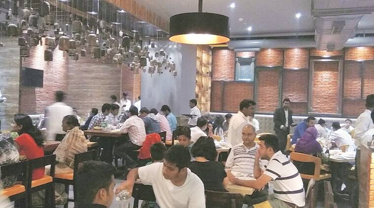 service charges, hotels, restaurants, consumer-service charges, service charges in restaurants, service charges in hotels, service charges optional, consumer complaints, Consumer protection act, Hotel association of india, service charges can be waived off, India news, Indian Express