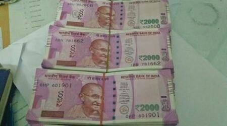 Police seize Rs 85 lakh in new notes in Mumbai