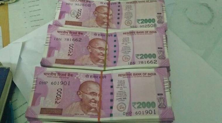 gujarat, surat cash seized, surat money seized, surat 1 crore in cash, cash in surat, new notes cash seized, new note cash seizure, india news
