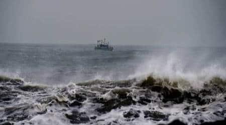 Tamil Nadu Congress Committee, TNCC, TNCC president Su Thirunavukkarasar , TNCC president Thirunavukkarasar , BJP, condemn BJP, Chennai cyclone, tamil nadu cyclone, cyclone vardah, cyclone damage, india news, Indian express news